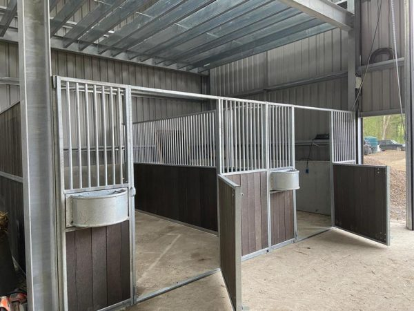 Internal Horse Stables with Swivel Feeder Fronts