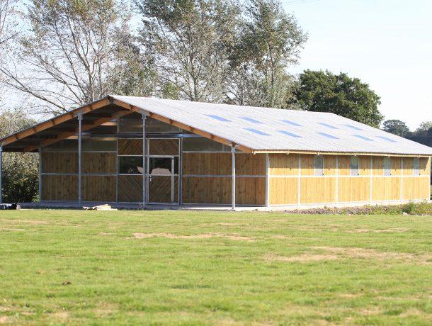 Cheval Liberte American Barn