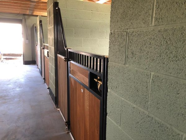 Prestige Fontainebleau stable fronts