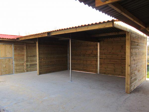 Field shelter for Horses